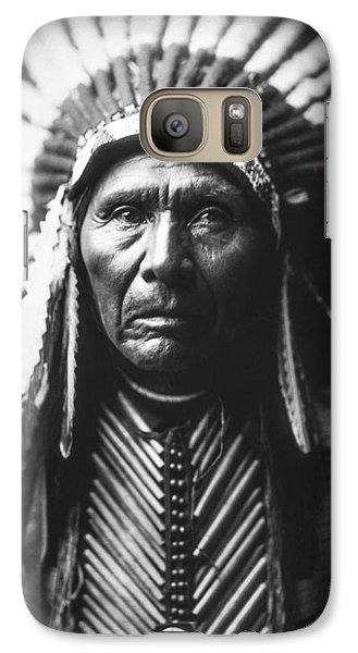 Portraits Galaxy S7 Case - Indian Of North America Circa 1905 by Aged Pixel