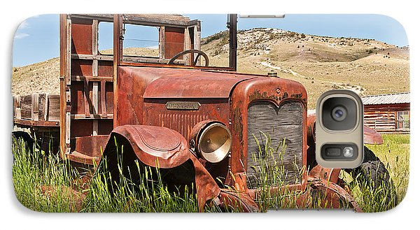 Galaxy Case featuring the photograph International Truck by Sue Smith