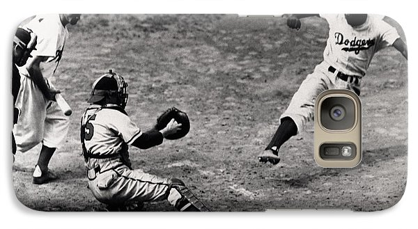 Jackie Robinson In Action Galaxy S7 Case by Gianfranco Weiss