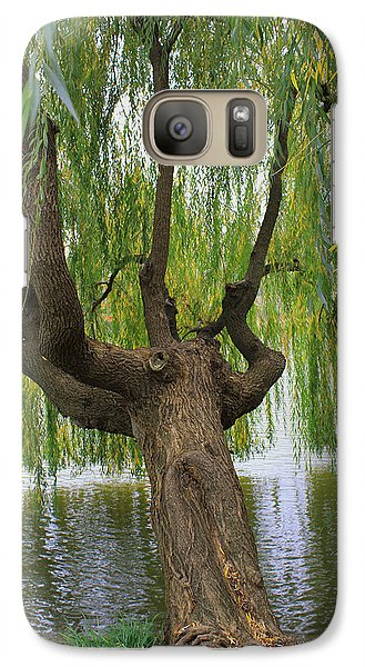 Galaxy Case featuring the photograph Just A Sip by Kathleen Scanlan