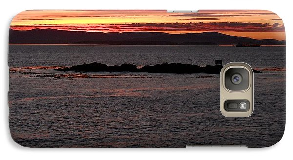 Galaxy Case featuring the photograph Kayak Sunset by Gayle Swigart