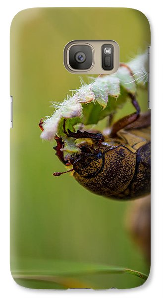 Galaxy Case featuring the photograph Large Lunch by Rhys Arithson