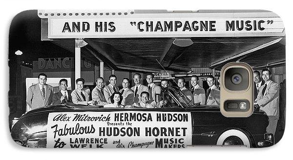 Lawrence Welk In His Hudson Galaxy S7 Case by Underwood Archives