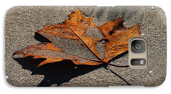 Galaxy Case featuring the photograph Leaf Composed by Joe Schofield