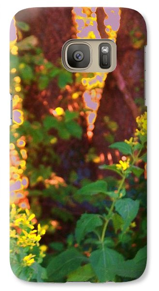 Galaxy Case featuring the photograph Leafy IIi by Shirley Moravec