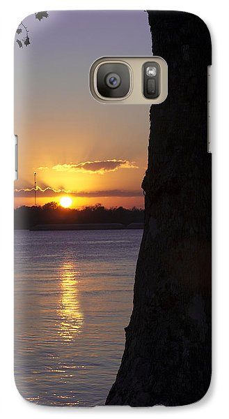 Galaxy Case featuring the photograph Leake Avenue Mississippi River Sunset by Ray Devlin