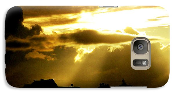 Galaxy Case featuring the photograph Leaving Kona by David Lawson