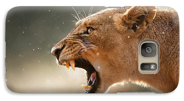 Lioness Displaying Dangerous Teeth In A Rainstorm Galaxy S7 Case by Johan Swanepoel
