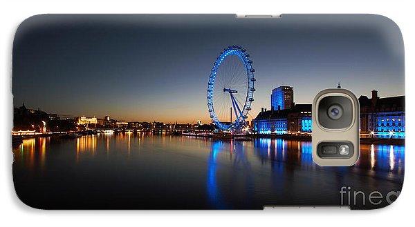 Galaxy Case featuring the photograph London 1 by Mariusz Czajkowski
