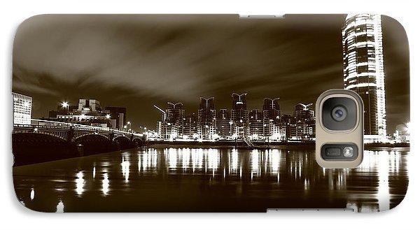 Galaxy Case featuring the photograph London Bw 2 by Mariusz Czajkowski