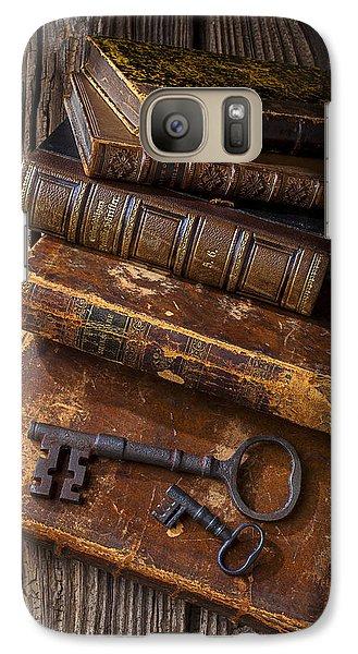 Love Reading Galaxy Case by Garry Gay