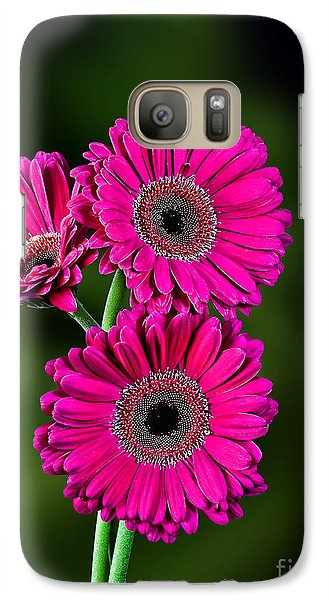 Galaxy Case featuring the photograph Magenta Gerbera by Shirley Mangini