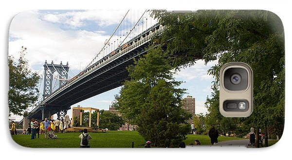 Galaxy Case featuring the photograph Manhattan Bridge And Park by Jose Oquendo