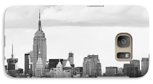 Galaxy Case featuring the photograph Manhattan Skyline by Takeshi Okada