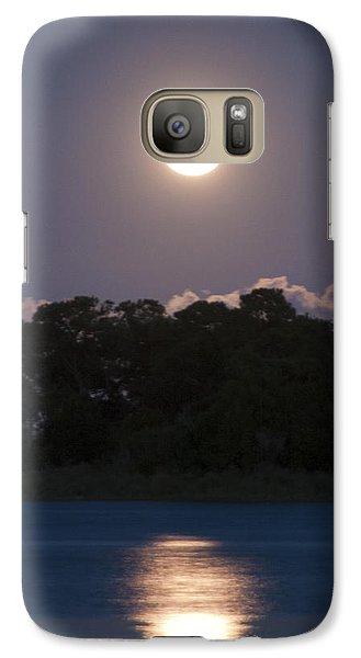 Galaxy Case featuring the photograph Masonboro Moonrise by Phil Mancuso