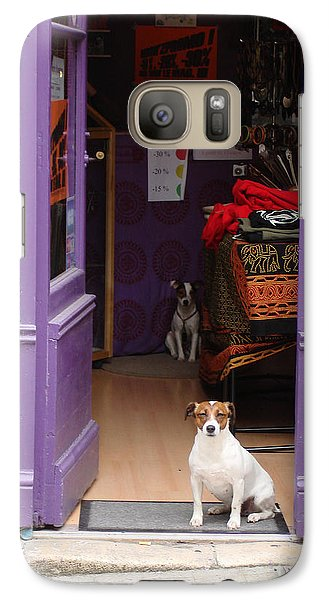 Minding The Shop. Two French Dogs In Boutique Galaxy S7 Case