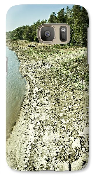 Galaxy Case featuring the photograph Mississippi River In Louisiana by Ray Devlin