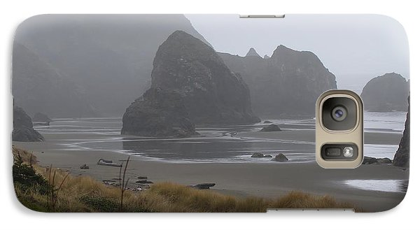 Galaxy Case featuring the photograph Misty Morning by Margaret Buchanan