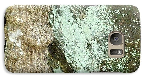 Galaxy Case featuring the photograph Mold On Rock by Pete Trenholm