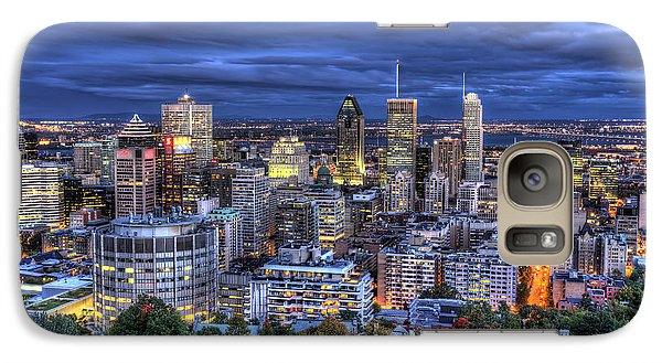 Galaxy Case featuring the photograph Montreal Skyline At Dusk by Shawn Everhart