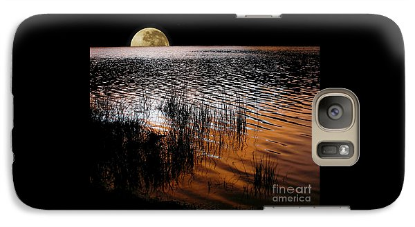 Moon Catching A Glimpse Of Sunset Galaxy S7 Case by Kaye Menner