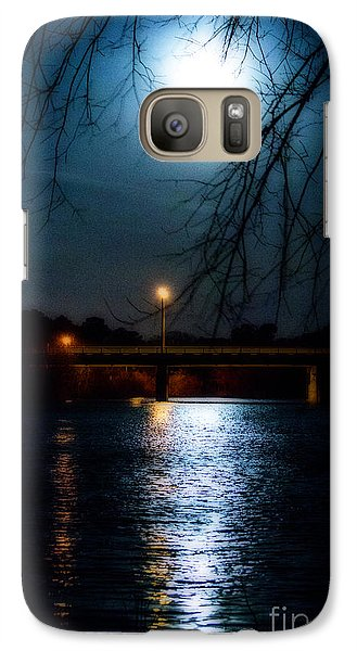 Galaxy Case featuring the photograph Moon Set Lake Pleasurehouse by Angela DeFrias