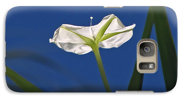 Galaxy Case featuring the photograph Moonflower by Peg Urban