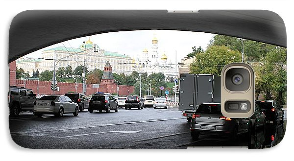 Moscow Kremlin Seen Through The Archway Of Greater Stone Bridge In Moscow I Galaxy S7 Case