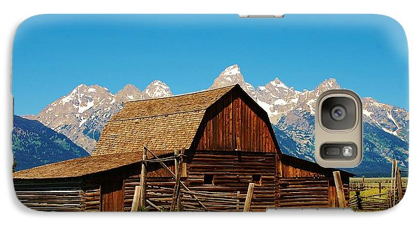 Galaxy Case featuring the photograph Moulton Barn by Dany Lison