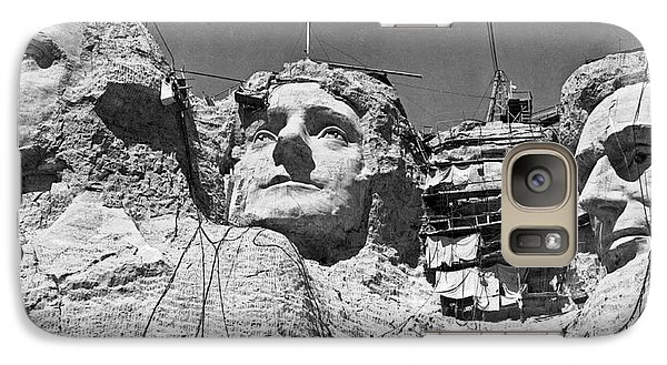 Mount Rushmore In South Dakota Galaxy S7 Case by Underwood Archives