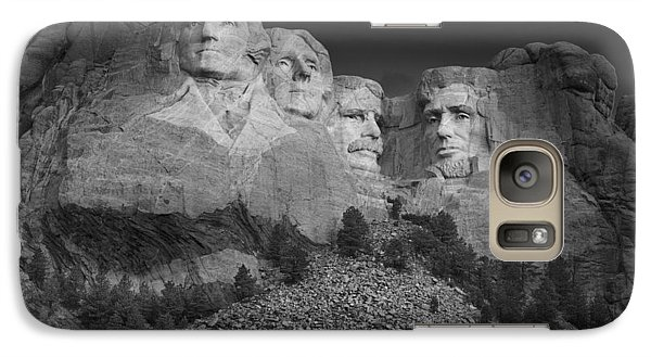 Mount Rushmore South Dakota Dawn  B W Galaxy S7 Case by Steve Gadomski