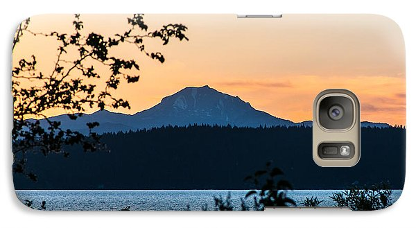 Galaxy Case featuring the photograph Mountain's Majesty by Jan Davies