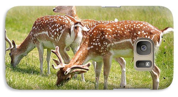 Multitasking Deer In Richmond Park Galaxy S7 Case