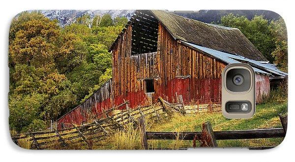Galaxy Case featuring the photograph Neff- Hardman Barn by Priscilla Burgers
