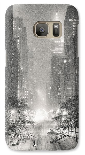 Chrysler Building Galaxy S7 Case - New York City - Winter Night Overlooking The Chrysler Building by Vivienne Gucwa
