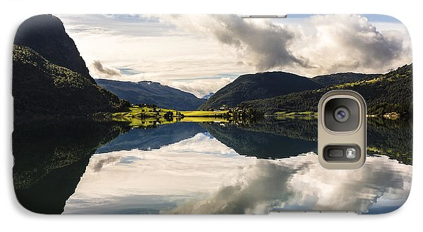 Galaxy Case featuring the photograph Norschach by Justin Albrecht