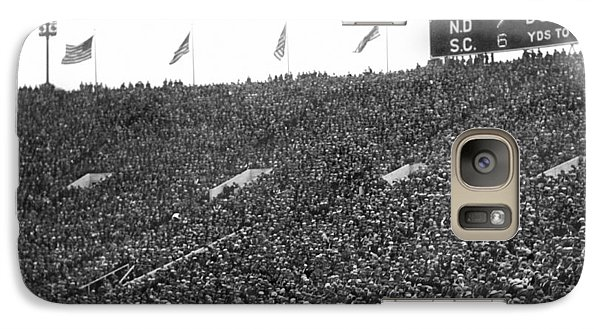 Soldier Field Galaxy S7 Case - Notre Dame-usc Scoreboard by Underwood Archives