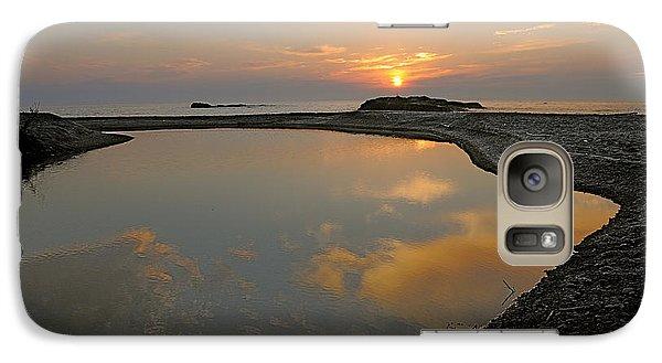Galaxy Case featuring the photograph November Sunrise-lake Superior by Sandra Updyke