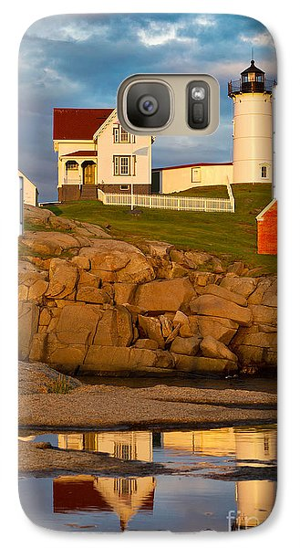 Galaxy Case featuring the photograph Nubble Lighthouse No 1 by Jerry Fornarotto