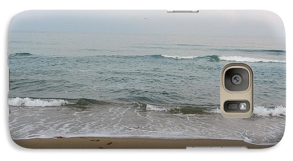 Galaxy Case featuring the photograph Ocean At Buxton Nc by Cathy Lindsey