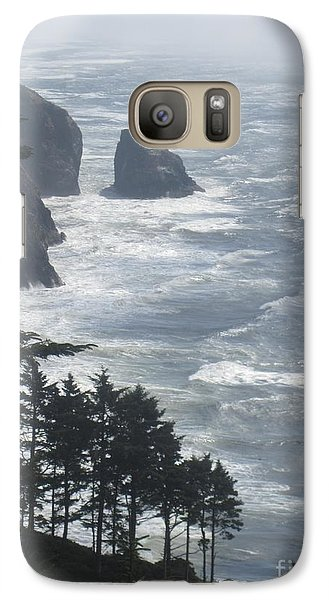 Galaxy Case featuring the photograph Ocean Drop by Fiona Kennard
