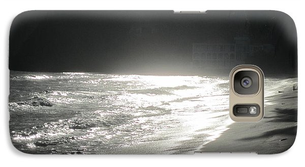 Galaxy Case featuring the photograph Ocean Smile by Fiona Kennard
