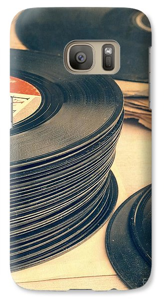 Music Galaxy S7 Case - Old 45s by Edward Fielding