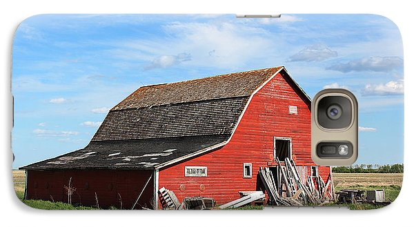 Galaxy Case featuring the photograph Old Barn by Ryan Crouse