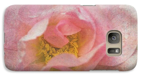 Galaxy Case featuring the photograph Old English Rose by Liz  Alderdice