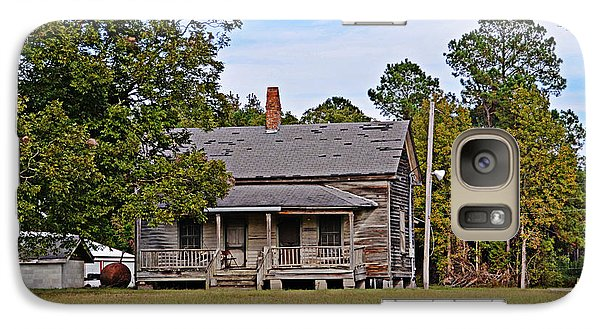 Galaxy Case featuring the photograph Old House by Linda Brown