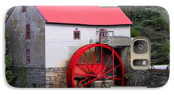 Galaxy Case featuring the photograph Old Mill Of Guilford by Sandi OReilly