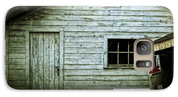 Galaxy Case featuring the photograph Old Wooden Building Onaping by Marjorie Imbeau