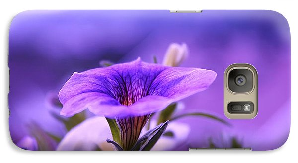 Galaxy Case featuring the photograph One Evening With Million Bells by Yngve Alexandersson