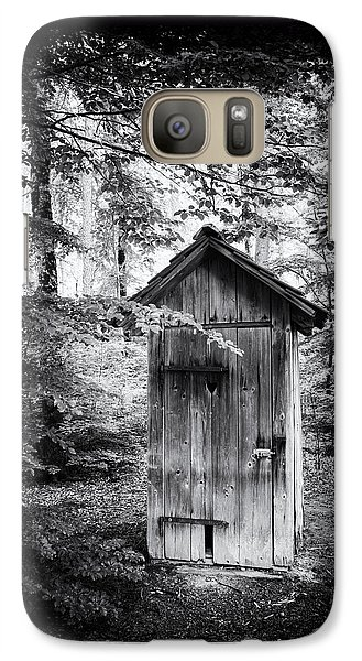 Outhouse In The Forest Black And White Galaxy S7 Case